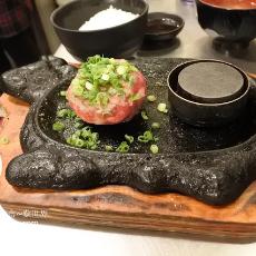 福岡美食 - 人氣鐵板伊萬里牛肉漢堡 極味屋 (極味や福岡Parco店)