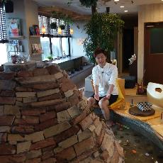 周遊東遊 | 足湯 CAFE | 究極親子丼 | 百年鰻魚飯 | 日式足袋風潮